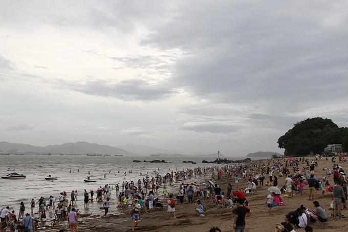 鼓浪屿港仔后海滨浴场图片
