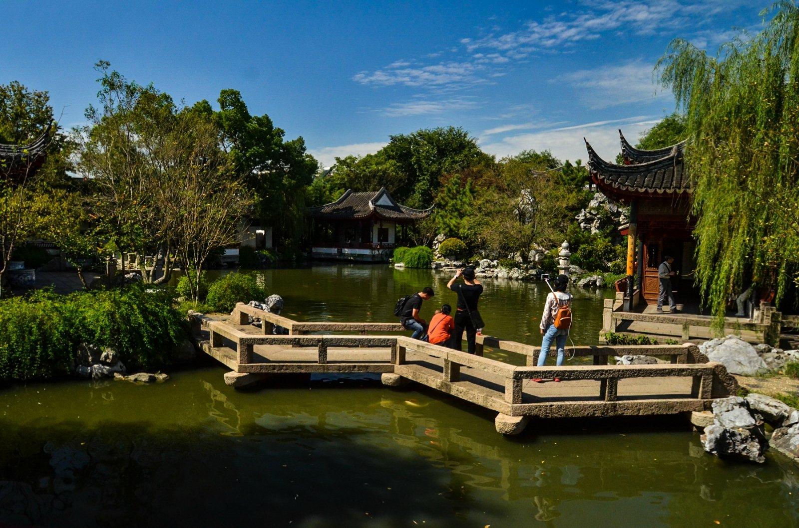 同里:苏州园林与江南古镇结合的艺术臻品