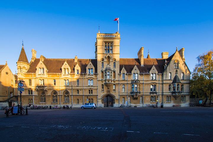 """""""牛津大学的三一学院.《哈利波特》在这里取._牛津大学""""的评论图片"""