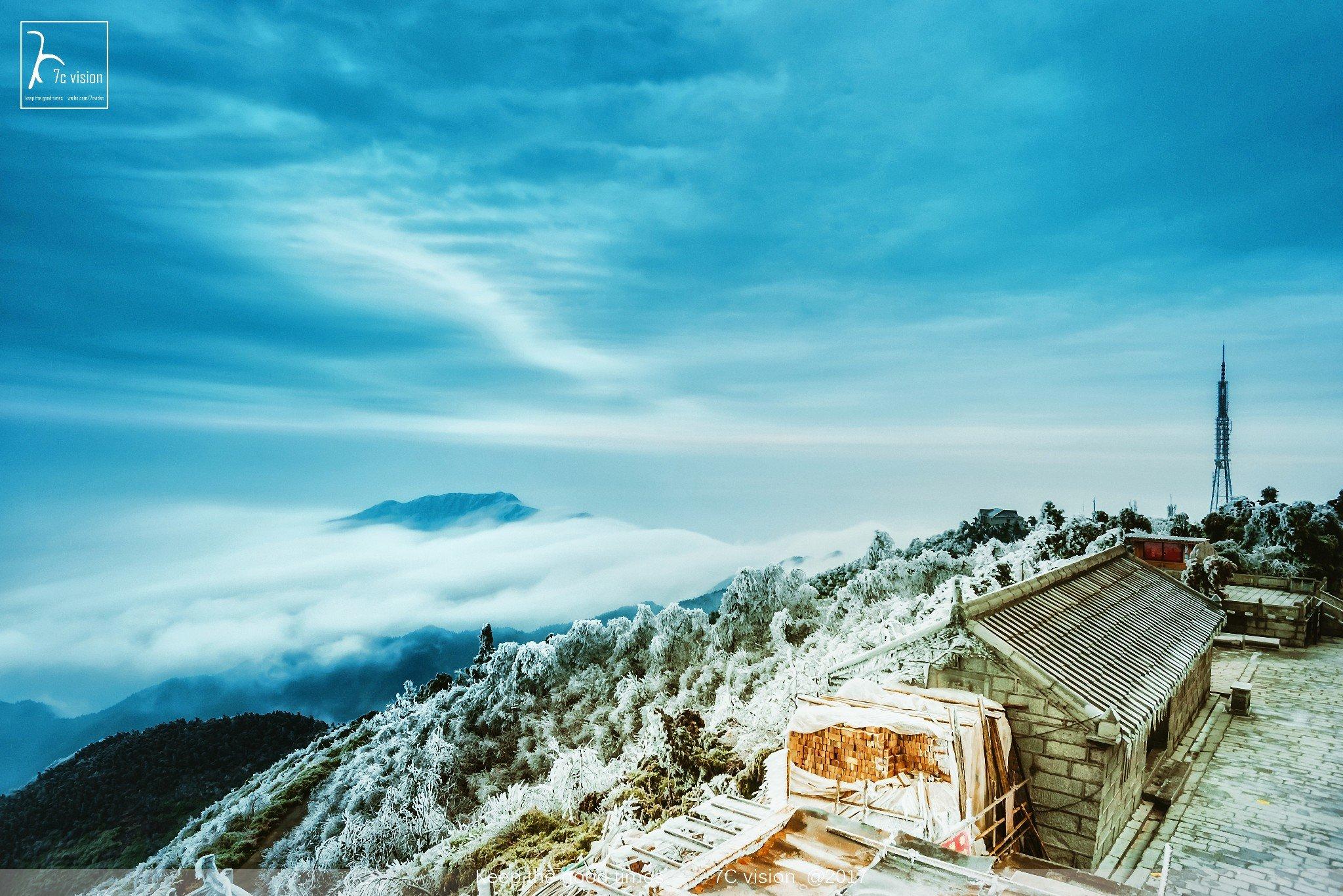 虔诚的路上,感知心灵--雾凇衡山