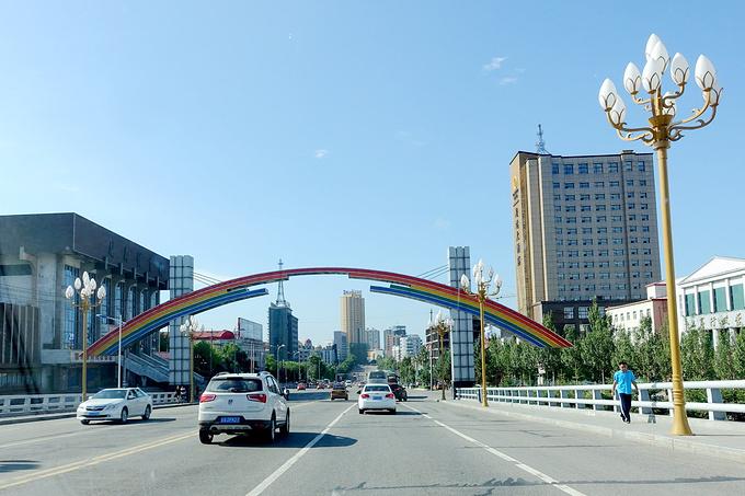 鹤岗街道的图片