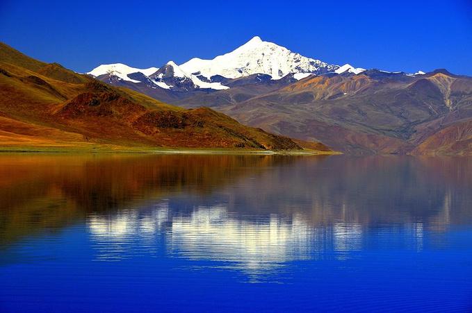 蓝色群山背景素材