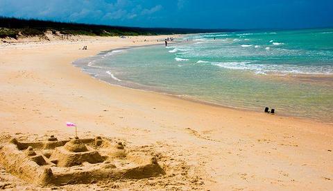 海滩衣服搭配图片欣赏