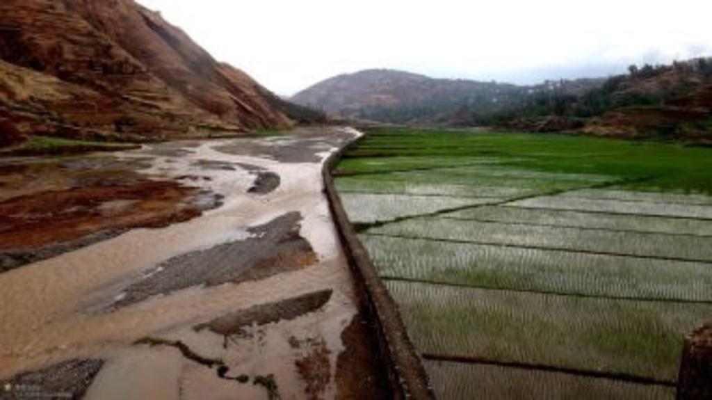 中国主要丘陵分布图_2016高考中国地理知识要点主要地形图语文
