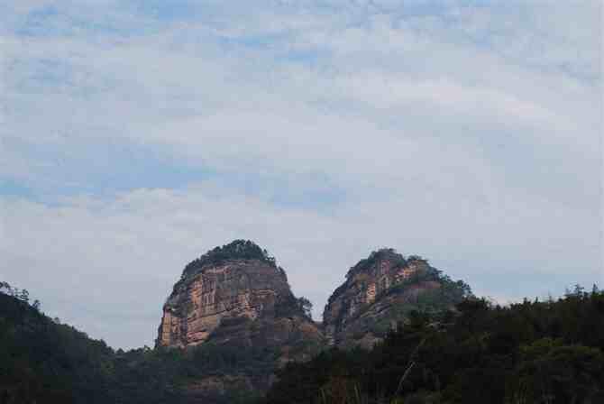 天下奇山╠╠窦团山是剑门蜀道国家级风景名胜区的重要组成部分.