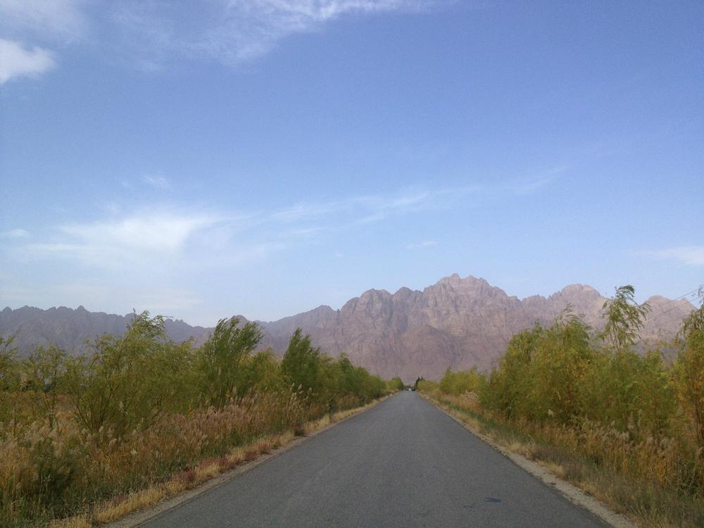 戈壁大漠一路向西—额济纳嘉峪关自驾8日