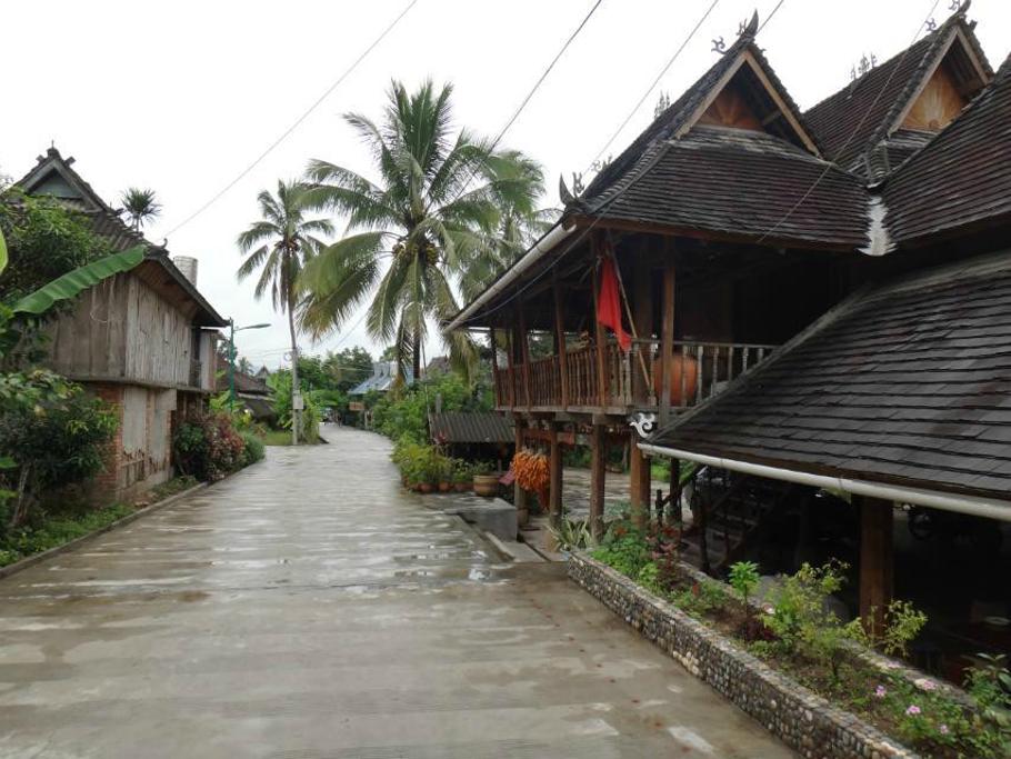 可以选择傣族民居住宿图片