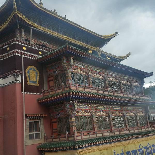 89 首页 景点详情  塔尔寺,远近闻名的佛教寺庙.我们是慕名而去的.
