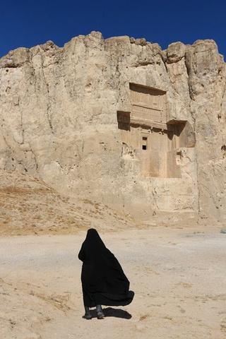 陵墓群铺陈眼前,非常a陵墓_波斯帝陵和萨珊浮游戏审判秘籍图片