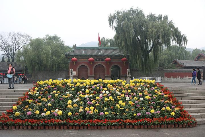 下着小雨,但是晋祠的人还是很多的 晋祠公园评论 去哪儿攻略社区