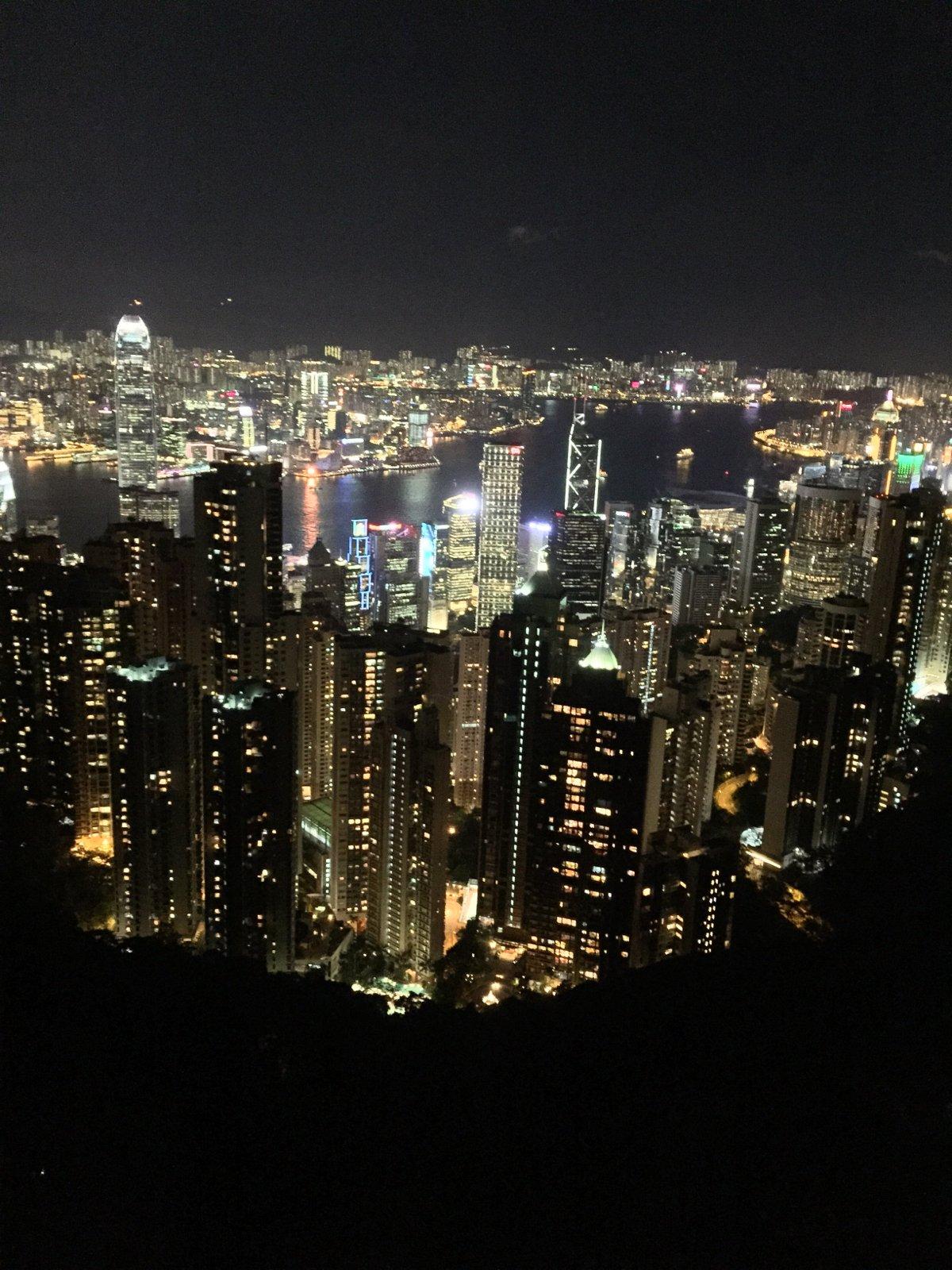 熊哥兔妹带你逛香港