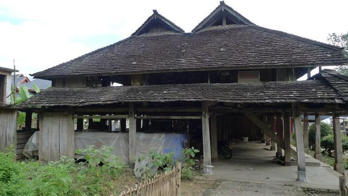 传统的傣族民居,四面通风,冬暖夏凉(貌似这里也没什么冬季,11月份还是图片