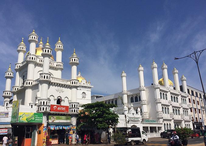 """""""达瓦塔噶哈清真寺位于斯里兰卡首都科伦坡中..._Dewata-Gaha Mosque""""的评论图片"""