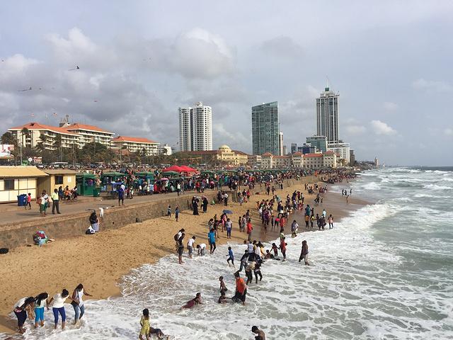 """""""10月1日也是兰卡的儿童节,加勒菲斯海滨..._加勒菲斯绿地""""的评论图片"""