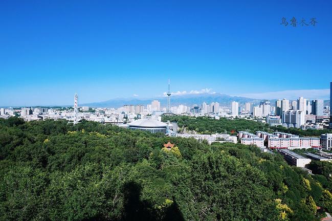 天堂很远喀纳斯很近_阿勒泰v天堂攻略_自助游攻略哀牢山图片