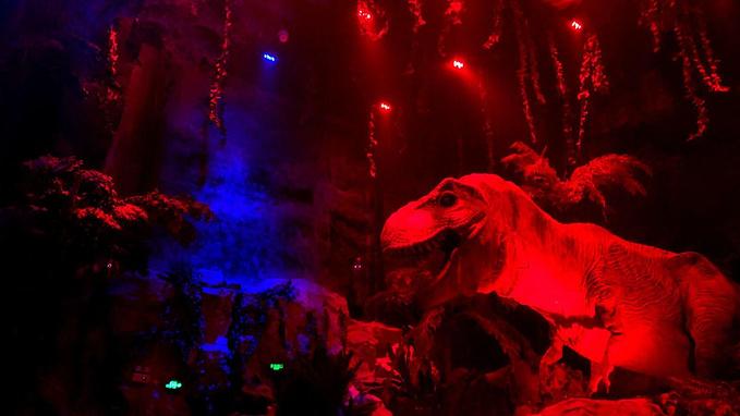 侏罗纪森林图片