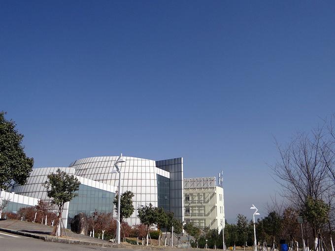 大理大学图片