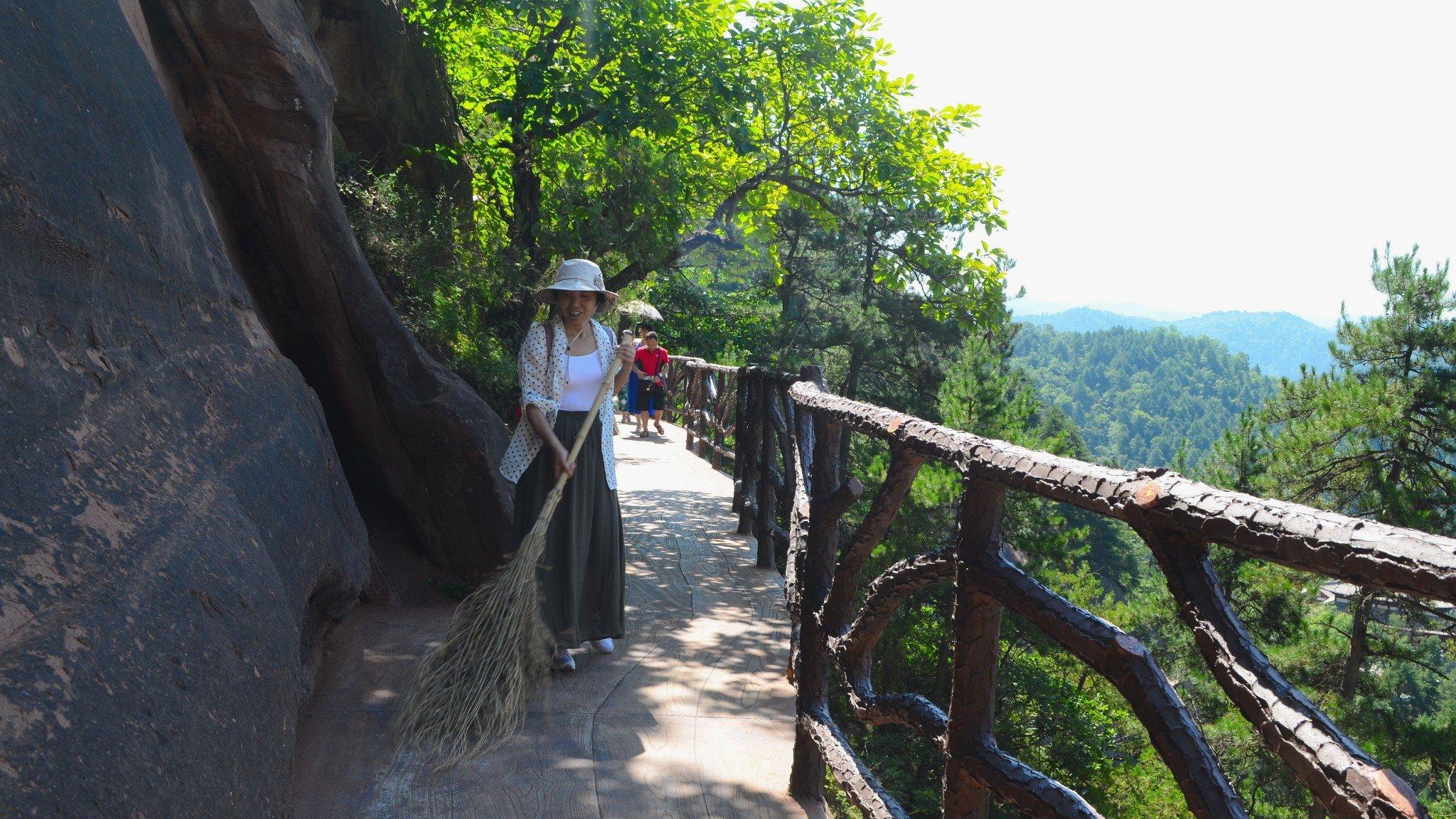2018陕西黄陵国家森林公园游玩攻略,除一截支架外,是.