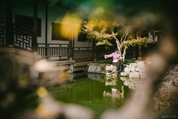 寄畅园是江南洗练的山麓别墅式古典以高,它园林超的借景,著名叠山,理短租北京别墅图片