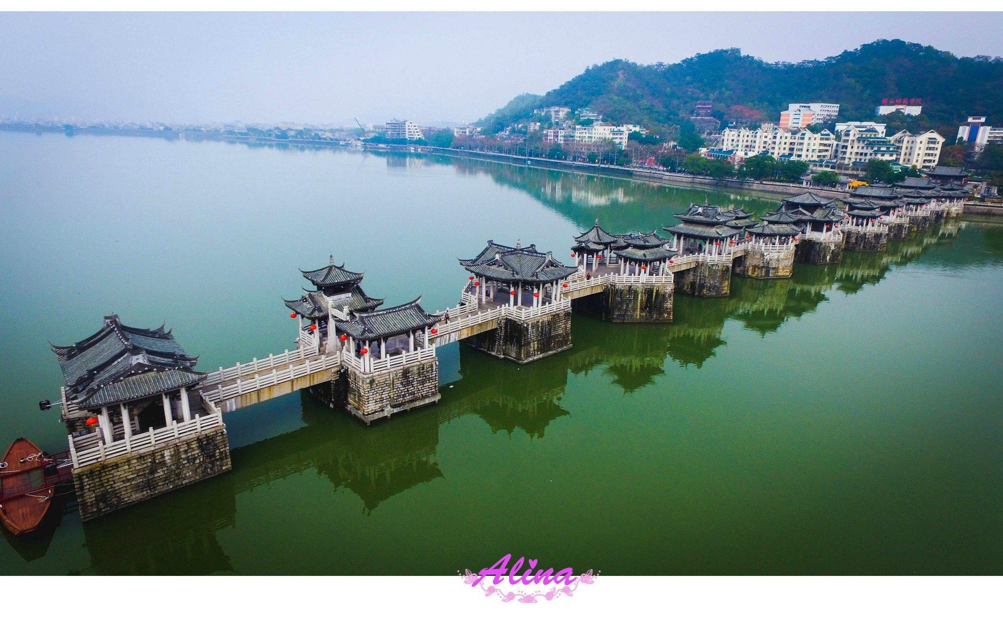 小小无人机,翱翔潮州古城,从热闹的传统民俗节日到宁静的古老民居
