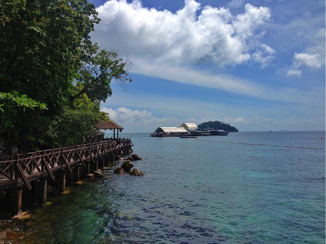 夏末游吉隆坡、兰卡威、槟城、金马伦~_槟城巨石山自驾游攻略图片