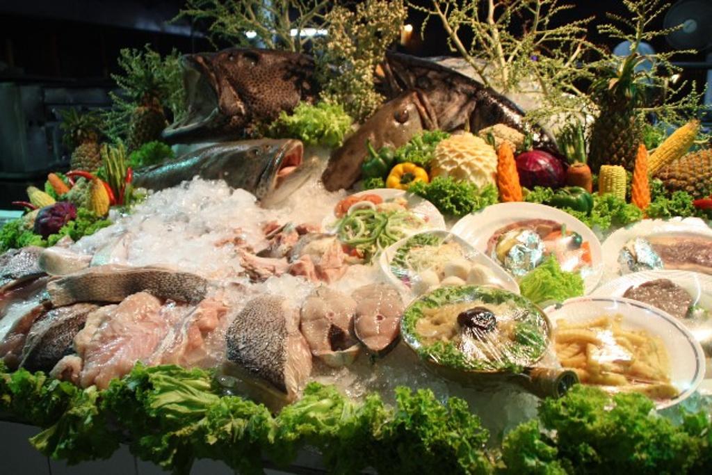 海鲜加工餐厅_菲杜马海鲜加工餐厅KAMALIGE旅行网