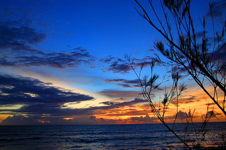 海神庙是巴厘岛观日落最佳地点,拥有巴厘岛最美夕阳,尤其是在海神庙对