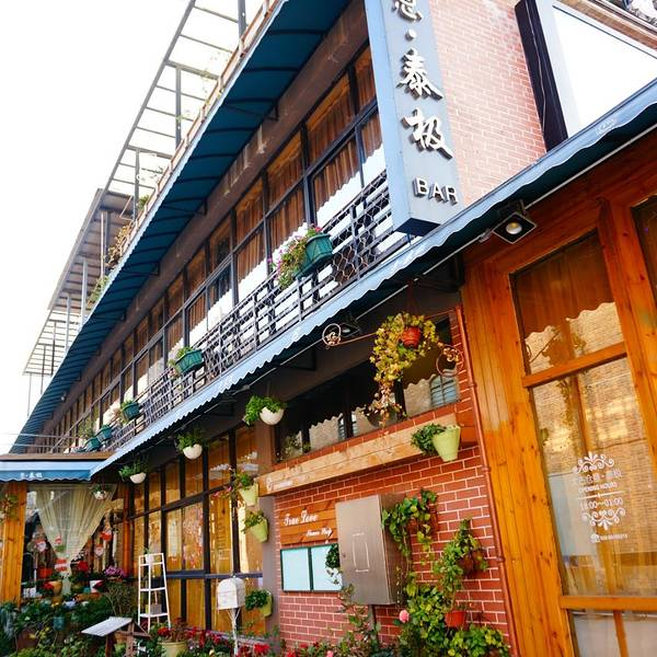 89 首页 娱乐详情  太古仓位于广州市海珠区革新路,是一个码头.图片