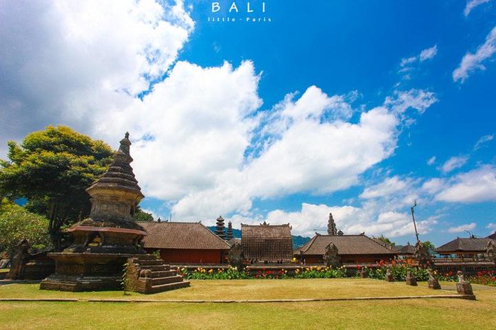 """""""水神庙是巴厘岛上最具特色的寺庙_水神庙""""的评论图片"""