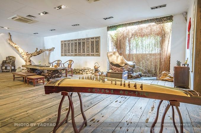 """博物馆的部分区域由岭南老建筑""""百年蚕房""""改建而成,设计上保留传统图片"""