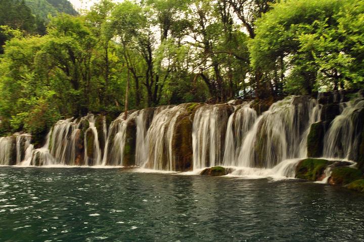"""神奇的九寨,被世人誉为""""童话世界"""",号称""""水景之王""""_九寨沟风景区""""的"""