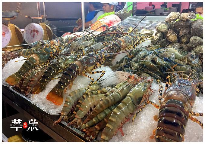 华欣,爱与希望的小清新海滨城市  晚饭直接去了华欣夜市继续找海鲜吃图片