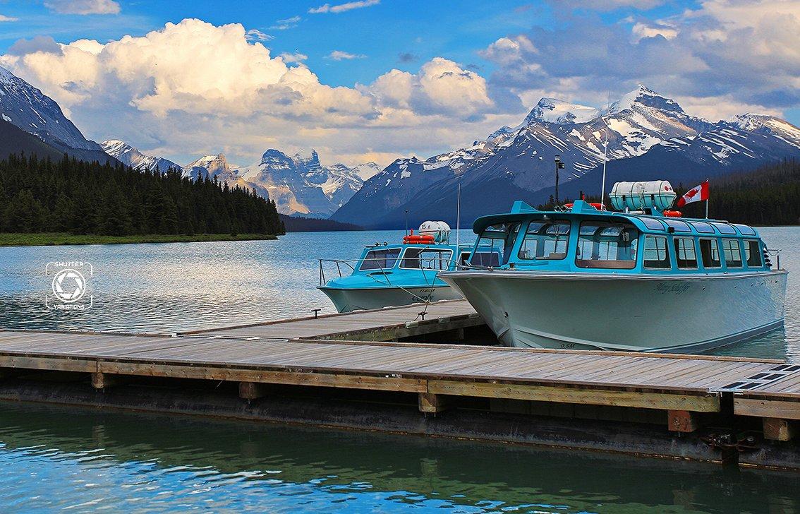 加拿大—山川与湖泊的梦幻画卷