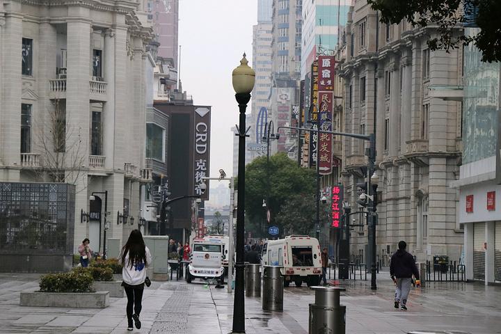 江汉路步行街,每个视角都是一张美景