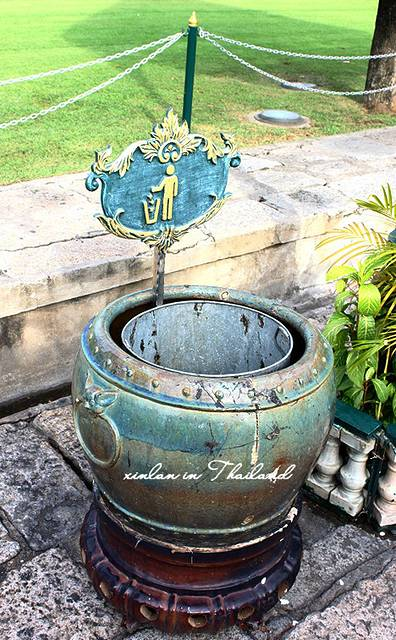 宫里的垃圾桶