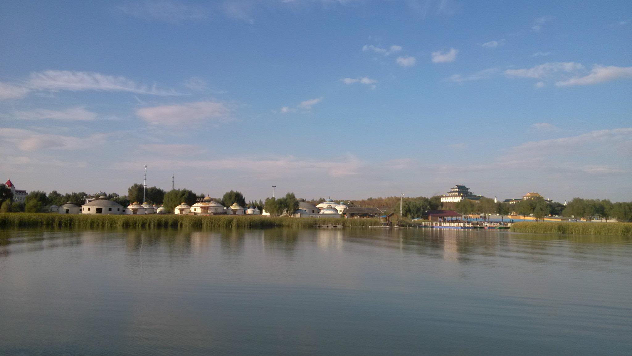 秋游查干湖