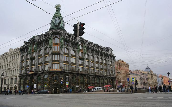 """""""涅瓦大街是过去圣彼得堡最繁华的街道_涅瓦大街""""的评论图片"""