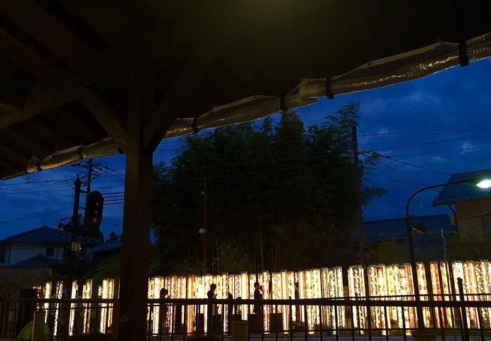 """""""晚上的岚山站很美_岚山汽车站""""的评论图片"""
