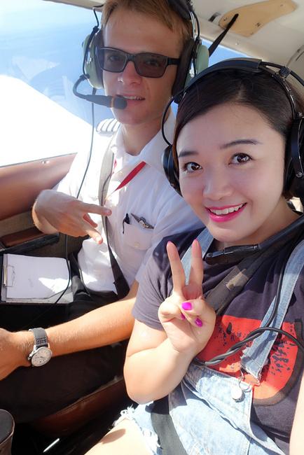 开飞机!图片