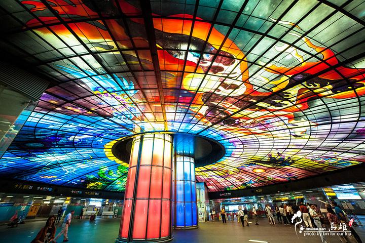 """""""全球排名第二的地铁站美丽岛捷运站 每一._捷运美丽岛站""""的评论图片"""