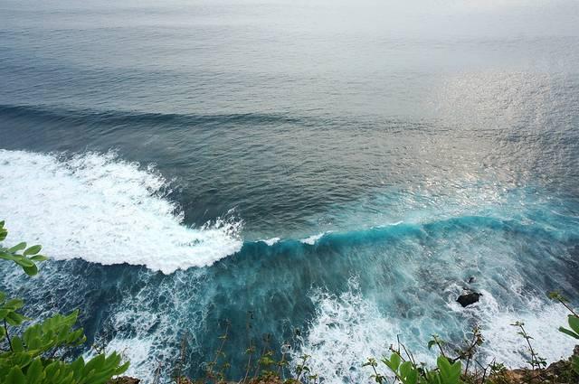 每年四月到九月是巴厘岛旅游的最佳时节   【地址】自驾或包车前往.
