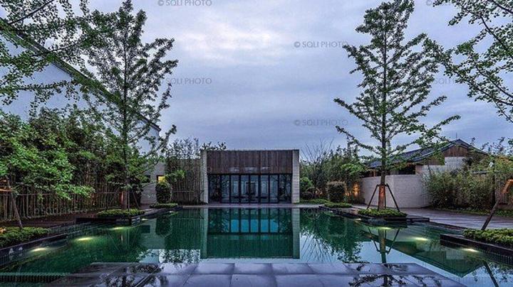 """燈的特別設計.別墅花園_上海朱家角安麓酒店""""的評論圖片"""