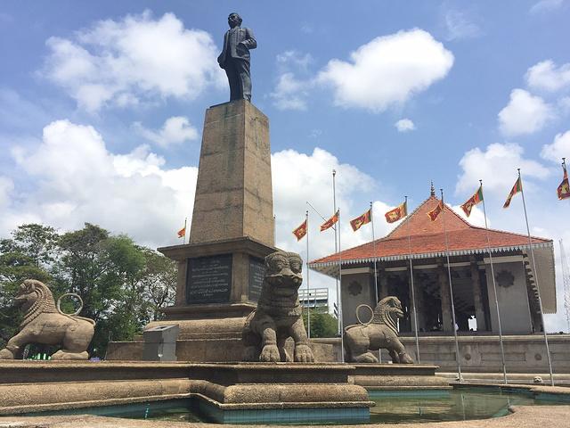 """""""独立广场-斯里兰卡1948年2月4日独立..._独立广场 """"的评论图片"""