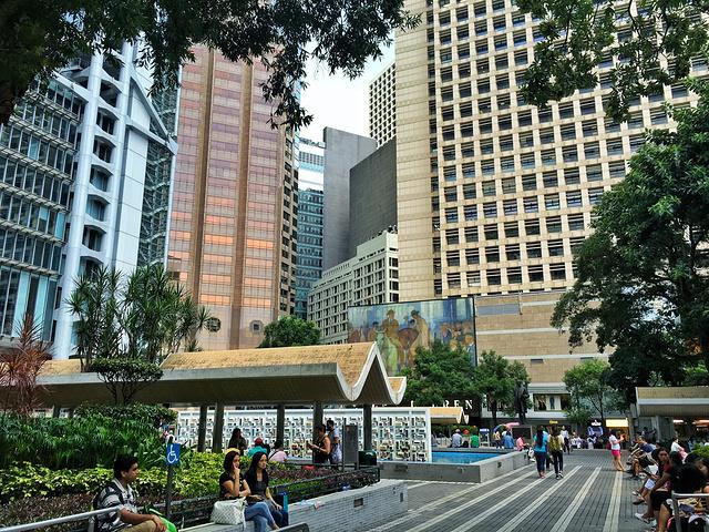 地点:香港岛中西区湾仔区香港展中心的新冀什么美食街小吃黄河路有些图片