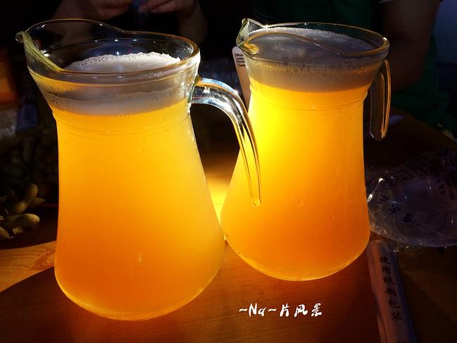 吃海鲜喝啤酒吹海风,这就是青岛人的生活,羡慕死了