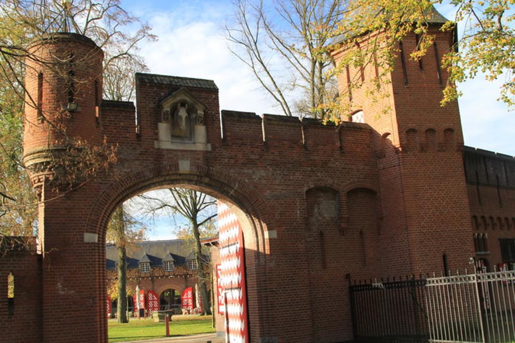 欧式城堡围墙大门效果图