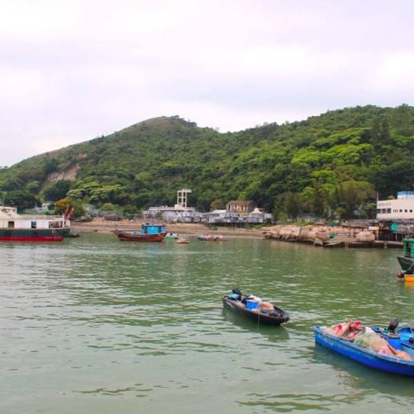 大澳位于香港离岛区,远离烦嚣的市区,较少受到都市化的影响,所以仍旧