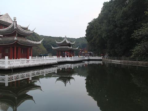 金鄂公園旅游景點圖片