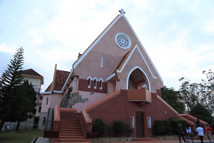 是可爱的玛利亚教堂 大叻天主教堂评论 去哪儿攻略社区