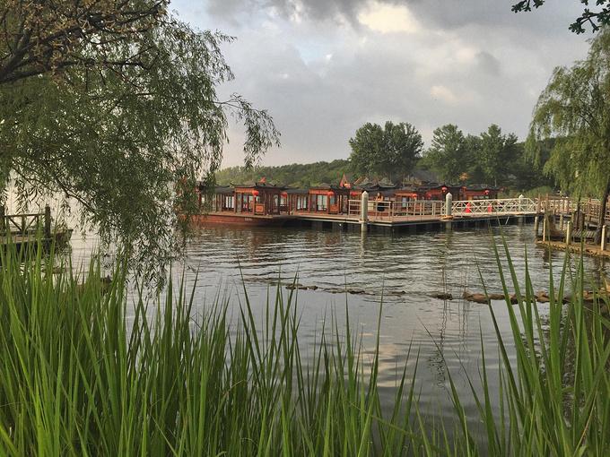 南水乡的柔情,掂花湾禅意的世界  龙泉湖,位于盱眙郊区,附近有一大片